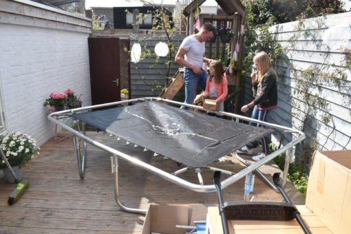 Fonkelnieuw Slimme trampoline in kleine stadstuin - Keeponstyling GY-12